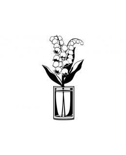 Момина сълза в чаша с вода