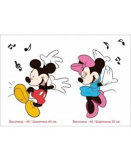 Мини и Мики Маус танцуват