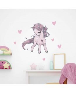 Влюбено пони - еднорог