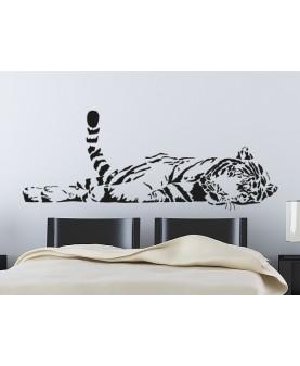 Лежащ тигър