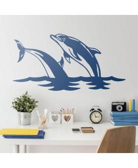 Двойка делфини