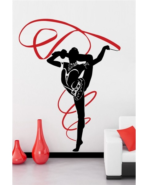 Гимнастичка с лента