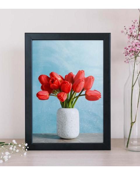 Картина с Червени лалета