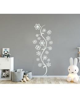 Полски цветя с пеперуди