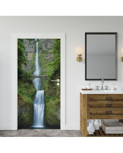 Водопад - фототапет за врата